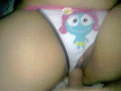 Boneka p, Boneka