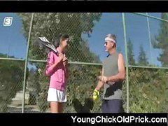 تنس, مدرب كوره, مدرب جم, مدرب التنس, عجوز فى سن المراهقة, مراهقات نياكة