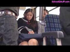 على السرير, Tفي الباص, في الباص ص, باصبعها, في الباص, فى الاتوبيس