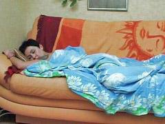 Uykuda sikiyor t, Uykuda siken t, Uykuda siken, Uyuyan ablasını siken, Kiz kardes sikme, Kardeşini uykuda siken