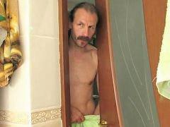 Kızını banyoda, Kız çocuk babası sikiyor, Kayın pederi, Kayın pederi sikiyor, Abd banyo, Babam