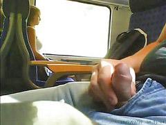 หยั เฟั, สาวนอย, รถไฟ