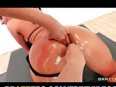 Round ass, Massage fuck, Footj, Massage anal, Assa anal, To big