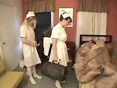 Strapon, Nurse