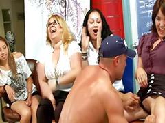 Devojčice gangbang, Devojcice oralni sexs, Sex žurke, Amateri devojcice