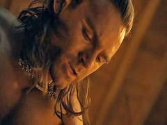 Spartacus bugil, Bugil