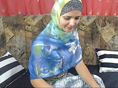 Arabic girls, Arabic girl, On arabe, Girl arab, Arabe girls, Arab girles
