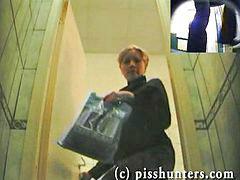 Angepisst, Pisshunters, Ein pissen, Angepisst toilette, Versteckt pissen, Toilette