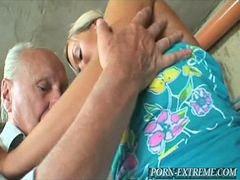 Quiere, Abuela 👵, Con peros, Con ganas, ،pero, Abuela y abuelo