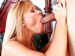Nicol, Nicole, Nicole moore, Moore, Pleasures, Sucks for
