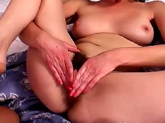 Younge blond lesbians, Young young pussy, Young old lesbians, Young granny, Pussy munching, Pussy old