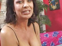Show her pussy, Milf hairy, Pussy shows, Pussy showing, Show hairy, Shows hairy