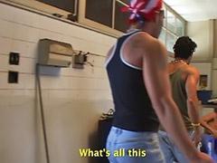 แอบถ่ายชักว่าว, เย็ดทั้งบ้าน, เกย์ละติน, เกย์ดำ, เย็ดในบ้าน, เมีย แอบ