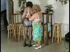 Granny, Mature lesbian