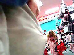 En la tiendas, Azotes, Tienda