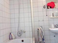 Teen, Teen shower, Shower teen, Vacations, Vacationing, Teen showering