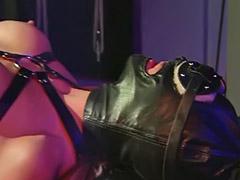 Batine po guzi sex, Dominantni sex