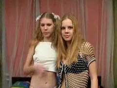 Colegialas rusas, Niñas rusas, Lesbianas colegialas, Jovencitas rusas, Colegialas lesbianas, Niña rusa