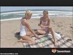Adolescente s lesbianas, Adolecentes, lesbianas, Lamiendo chochos, Lamiendo, Adolecentes lesbianas, Lesbiana