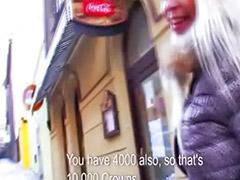 Sisate djevojke, Javni, Češki