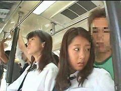 ㄱ이, 여중생 버스, ㄱㅔ이, 여학교, 학교버스, 여중생