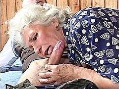 Aku nenek, Awak