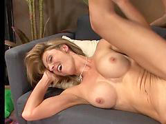 7 age, Laid, Brenda james, Agees, Lady gets, Idös