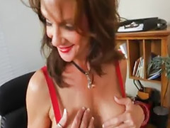 Hot mom, Friends mom