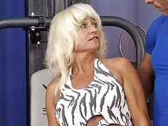 Çılgın sex, Yaşlı anneler sex, Sert sarışın, Sexsi olgun, Sexsi anne, Sex matur
