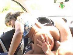 در ماشین, اتومبیل