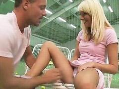 مشغل, تنس, مدرب كوره, مدرب جم, لاعبات مدرب التنس, لاعبات التنس